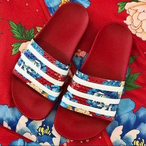 best loved 86ec6 97d31 adidas Shoes - ADIDAS FLORAL CHITA ADILETTE SLIDES